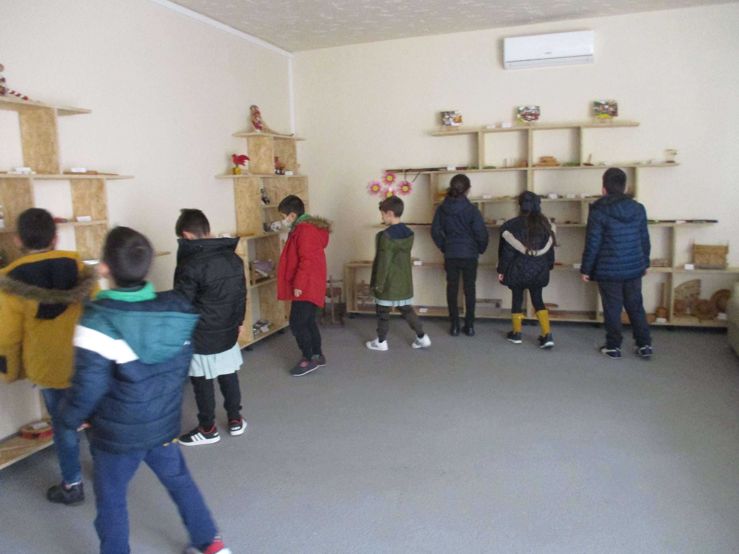 Think and Create your Own Hobbies - Portugal - Games and Play Club - Traditional Games Museum